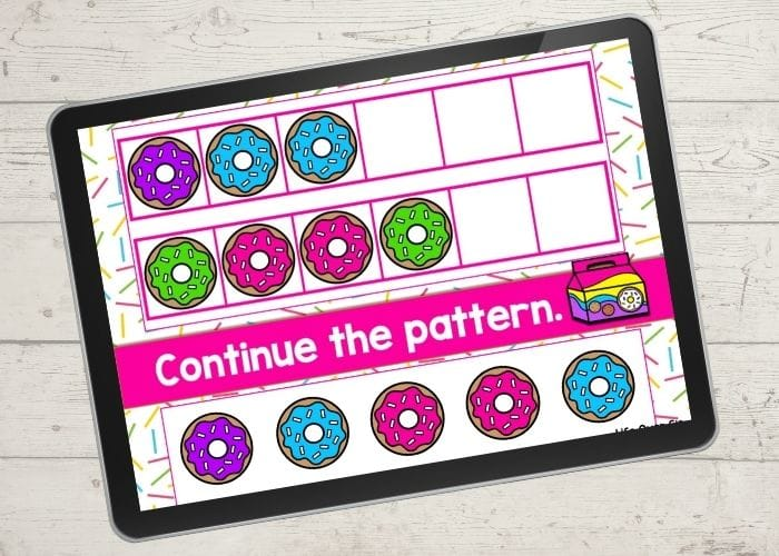 The digital donut theme ABB pattern activity slide for the patterns purple-blue-blue and green-pink-pink..