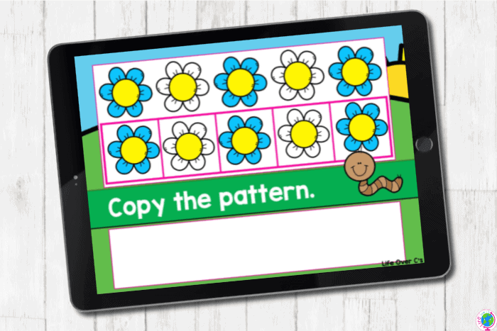 The digital slide for the pattern blue-white from the digital and printable complete AB pattern hands on activities for kindergarten.